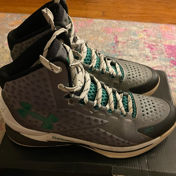 Stephen Cury Under Armour Sneakers size 10